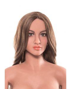 Visage de Carmen, poupée ultra-réaliste